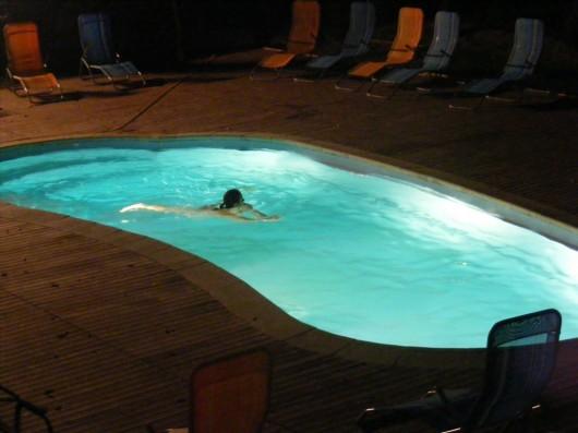 corina-piscina